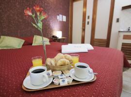 Hotel Xumec Mendoza, hotel in Mendoza