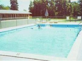 Capri Motel, motel in Mackinaw City
