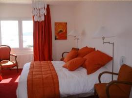 Hotel Le Suroit, hôtel à Perros-Guirec
