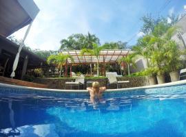 Hotel Arco Iris, hotel in Tamarindo