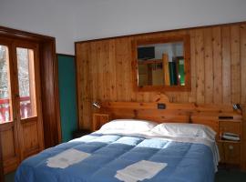 La Piccola Baita, hotel cerca de Cardito Sud, Terminillo