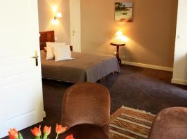 ルー シガロン、オランジュのホテル
