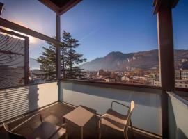La Villa - Luxury Guest House, hotel in Trento