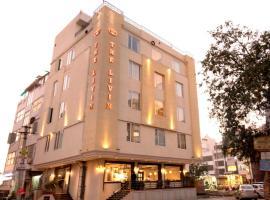 The Livin, hotel in Jaipur