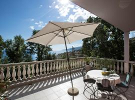 Apartments Green Garden, budget hotel in Opatija
