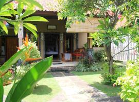 Pondok Shindu Guest House, beach hotel in Pemuteran