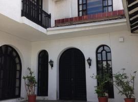 Mansion Samzara Hosteleria, hotel in Sangolquí