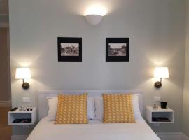 Roman Suite Guest House, hotel near Ottaviano Metro Station, Rome