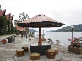 Hotel Dumasari, hotel di Tuktuk Siadong
