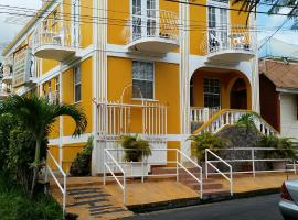 St. James Guesthouse, hotel a Roseau