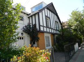 Residencia Casa Lohse, bed and breakfast en Santiago
