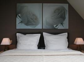B&B Soluna, hotel in Oostduinkerke