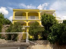Apartment Stinica 26 E, hotel near Stinica Ferry Port, Jablanac