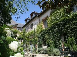 La Cour Sainte Catherine, demeure de charme, bed and breakfast a Honfleur