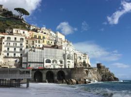 Casa Lilia, self catering accommodation in Amalfi