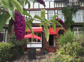 The Fairmile, family hotel in Lytham St Annes
