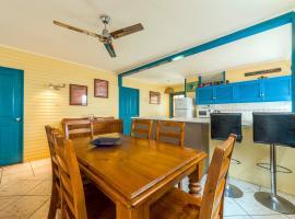 Clifton Beach House, vacation home in Clifton Beach