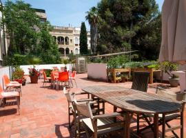 Residencia Albergue Studio, hotel a Barcellona