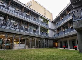 Y Loft, hotel near Hong Kong Correctional Services Museum, Hong Kong