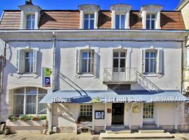 쇼비니에 위치한 호텔 Hôtel Le Lion d'Or