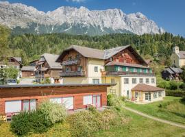 Dorfhotel Mayer, Hotel in der Nähe von: Bergbahn Tauplitz, Sankt Martin am Grimming