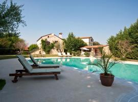 Villa Lav, apartment in Bale