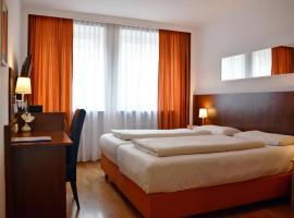 Hotel Italia, hotel near Frauenkirche Munich, Munich
