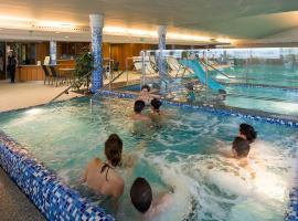 Zenit Wellness Hotel Balaton, hotel in Vonyarcvashegy