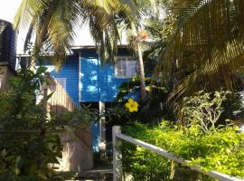 onelovecottagetobago upstairs apartment, guest house in Scarborough