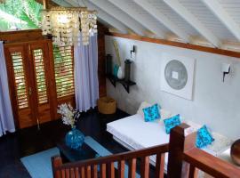 Villas Sur Mer, villa in Negril
