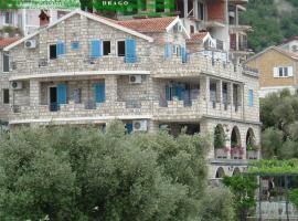 Apartments and Rooms Drago: Sveti Stefan, Sveti Stefan yakınında bir otel