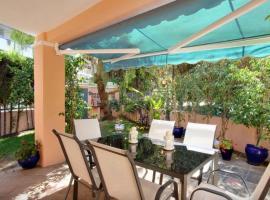 Casa El Capricho, hotel in Marbella