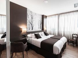 Suite Home Sardinero, hotel in Santander