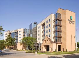 Embassy Suites St. Louis - Airport, hotel near Lambert - St. Louis International Airport - STL, Bridgeton