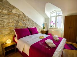 City Point Rooms, B&B in Pula