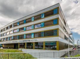 Dasbreitehotel am Rhein, hotel in Basel