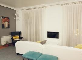 Hostal Terán, habitación en casa particular en Madrid