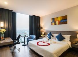 Best Western Plus Wanda Grand Hotel, hotel a Nonthaburi