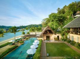 Gaya Island Resort, hotel near Tunku Abdul Rahman Park, Gaya Island