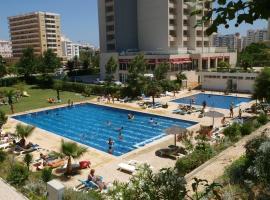 Apartamentos Jardins da Rocha, hotel in Portimão