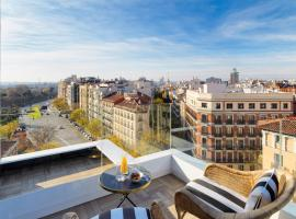 H10 Puerta de Alcalá, hotel with pools in Madrid