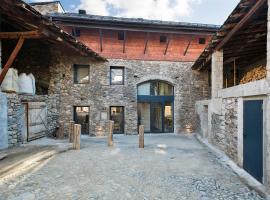 Set Terres - La Villa de Llívia - Adults only, hotel near Municipal Museum, Llivia
