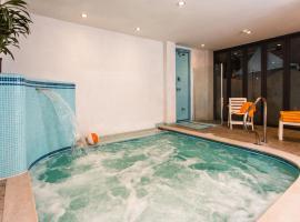 Hotel Antares, отель в Каттолике