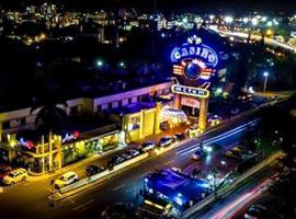 Matum Hotel & Casino, hotel in Santiago de los Caballeros