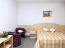 Hotel La Rondine, hotel in Cavallino-Treporti