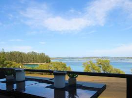 CHILL-OUT LAKESIDE @ FORSTER, hotel near Forster Marina, Forster