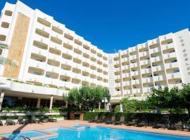 Hotel Los Robles, отель в Гандии