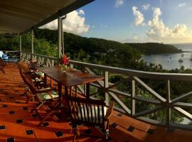 Blue Moon Antigua, vacation rental in English Harbour Town