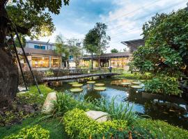 Tara Park Resotel, hotel in Ban Talat Rangsit