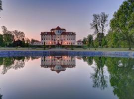 Château Liblice, hotel in Byšice